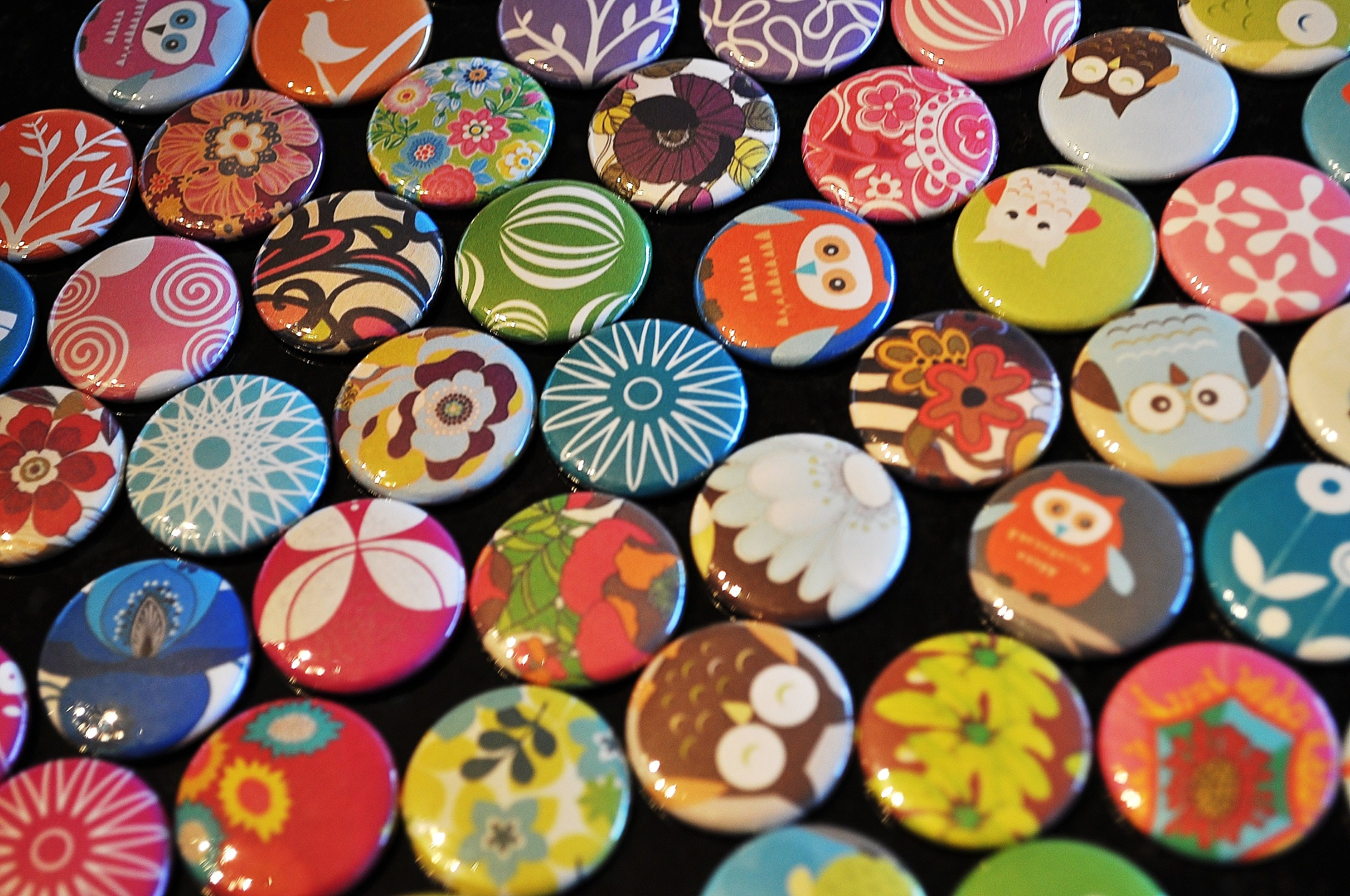 Pins, by Buttons and Badges