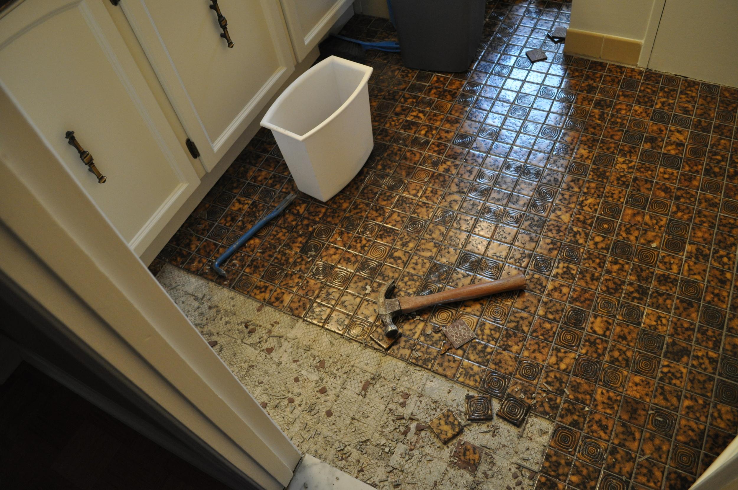 Main Bathroom, tile removal