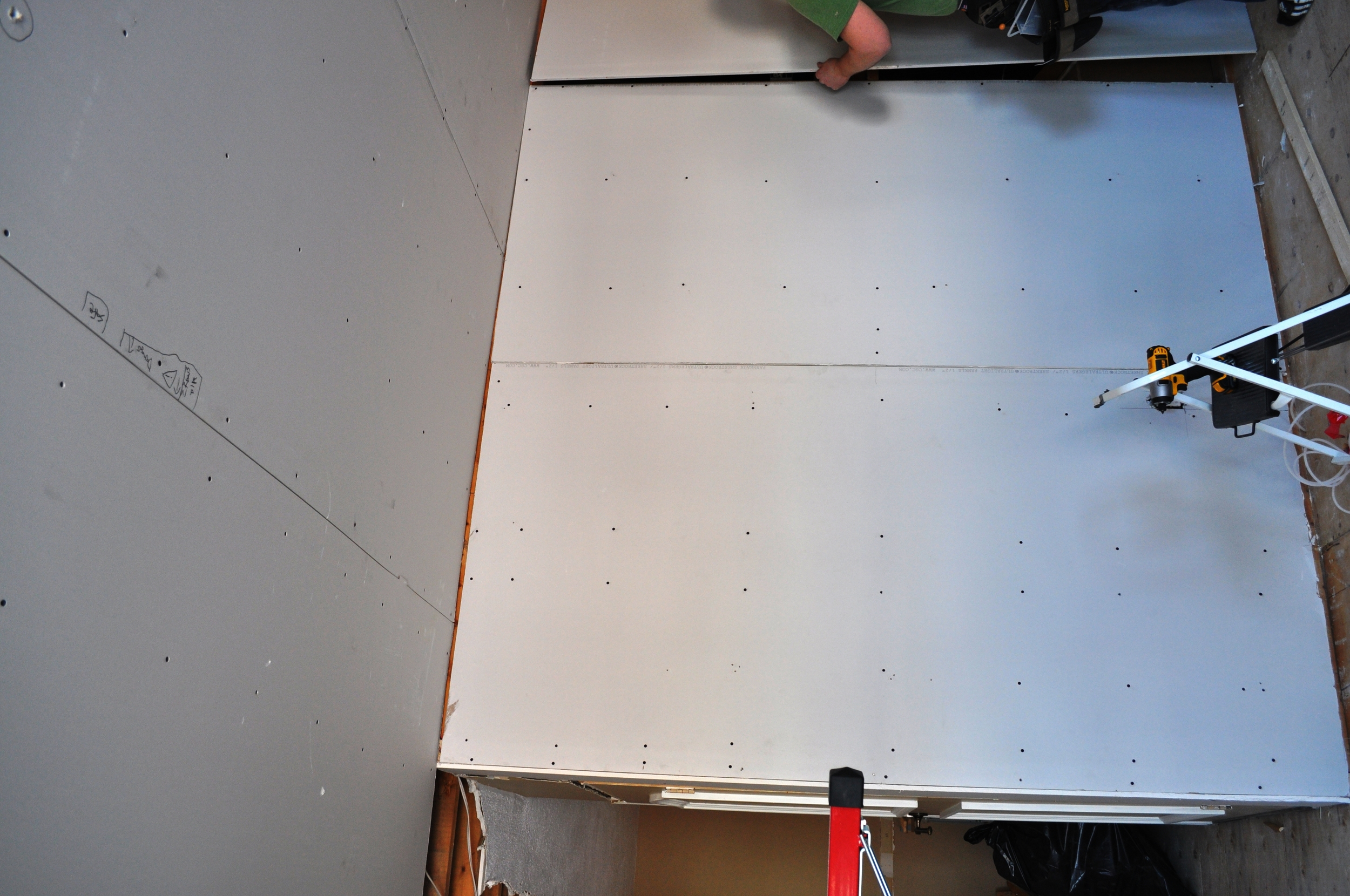 Kitchen Gyprock walls