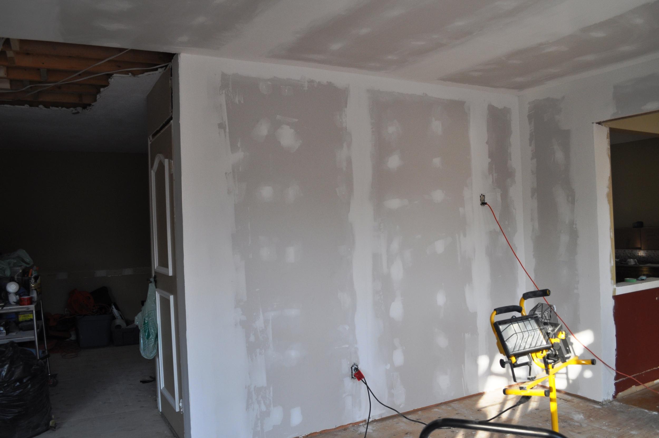 Kitchen Mudding Pantry Area
