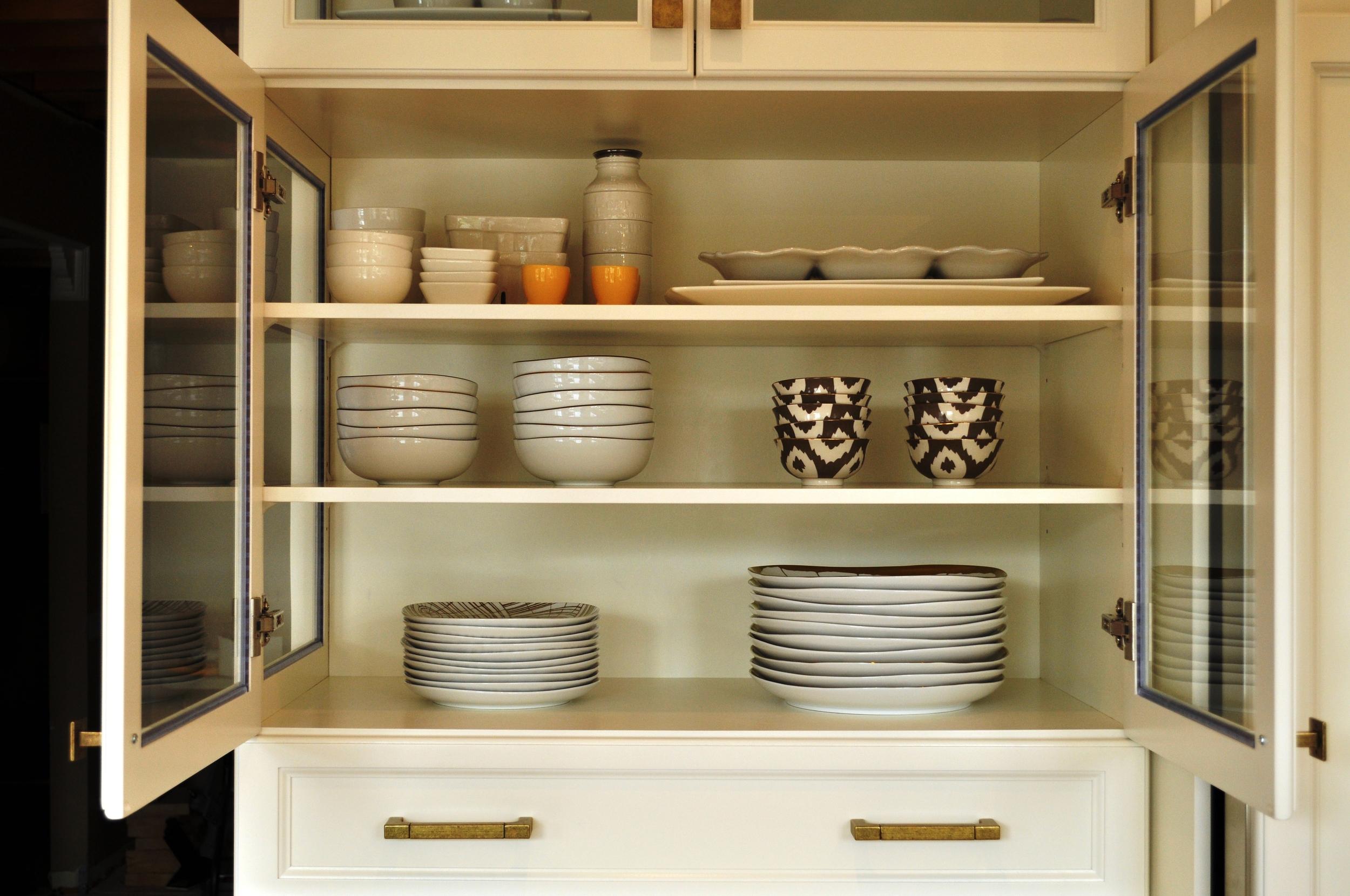 Velvet Toolbox Kitchen, glass cabinet opened
