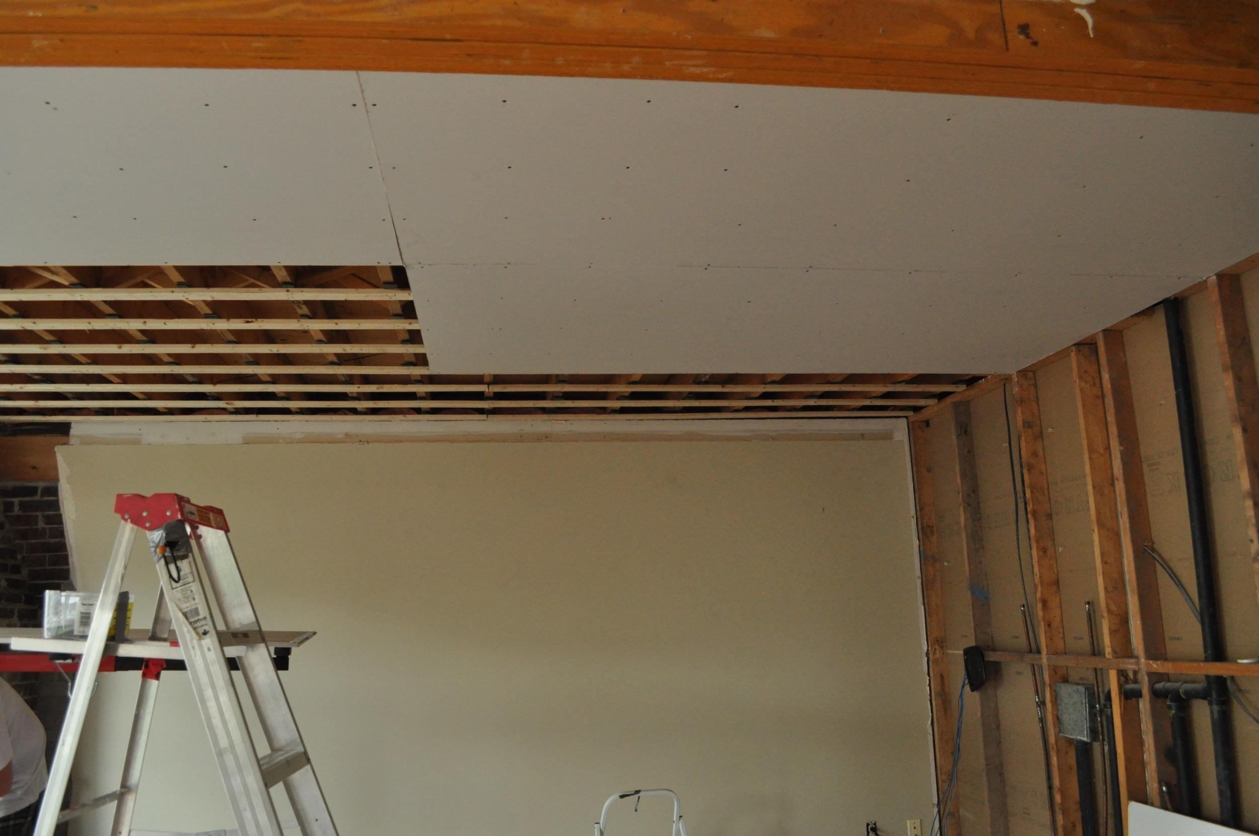 Family Room Gyprock install 3