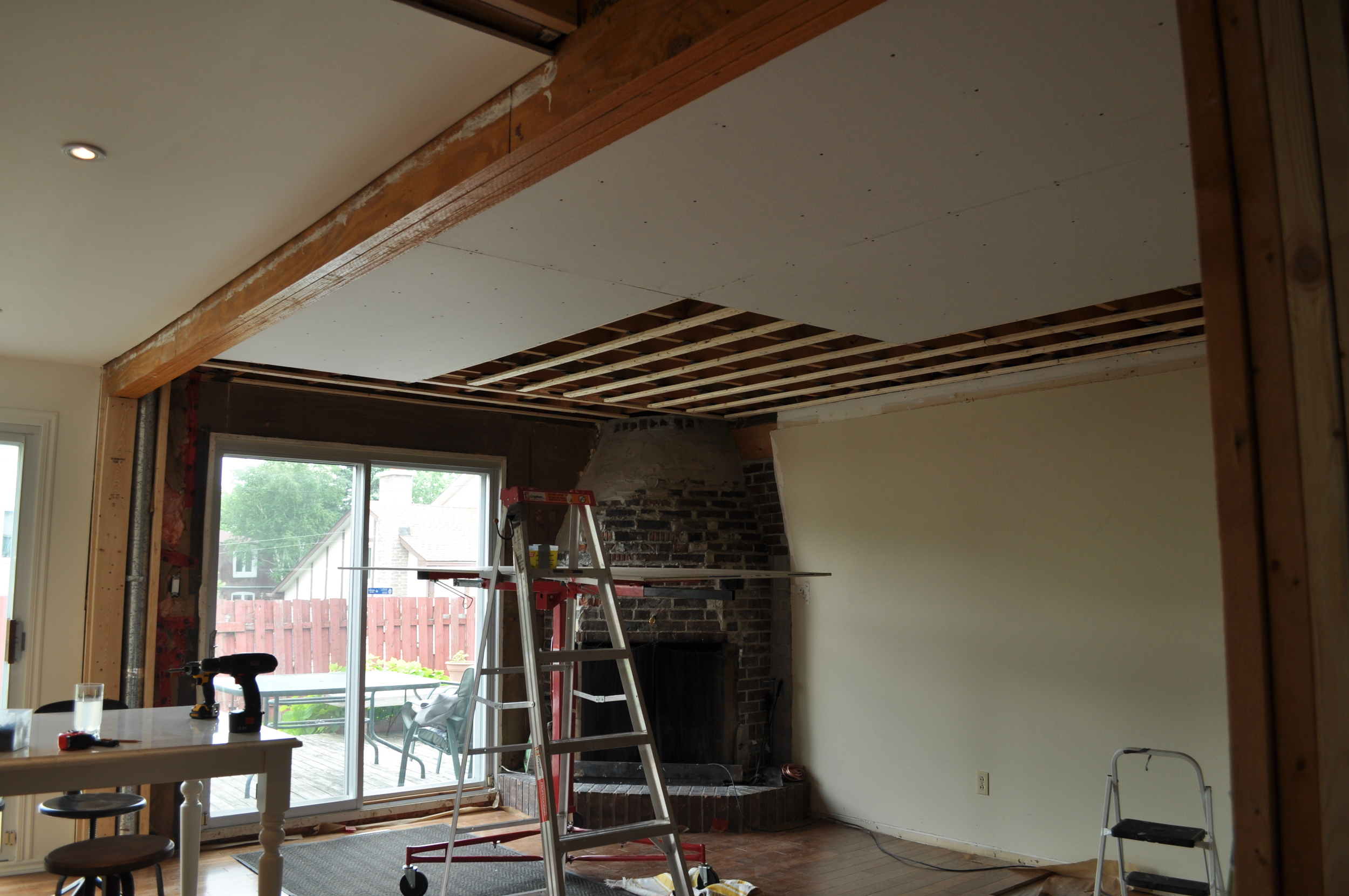Family Room Gyprock install 2