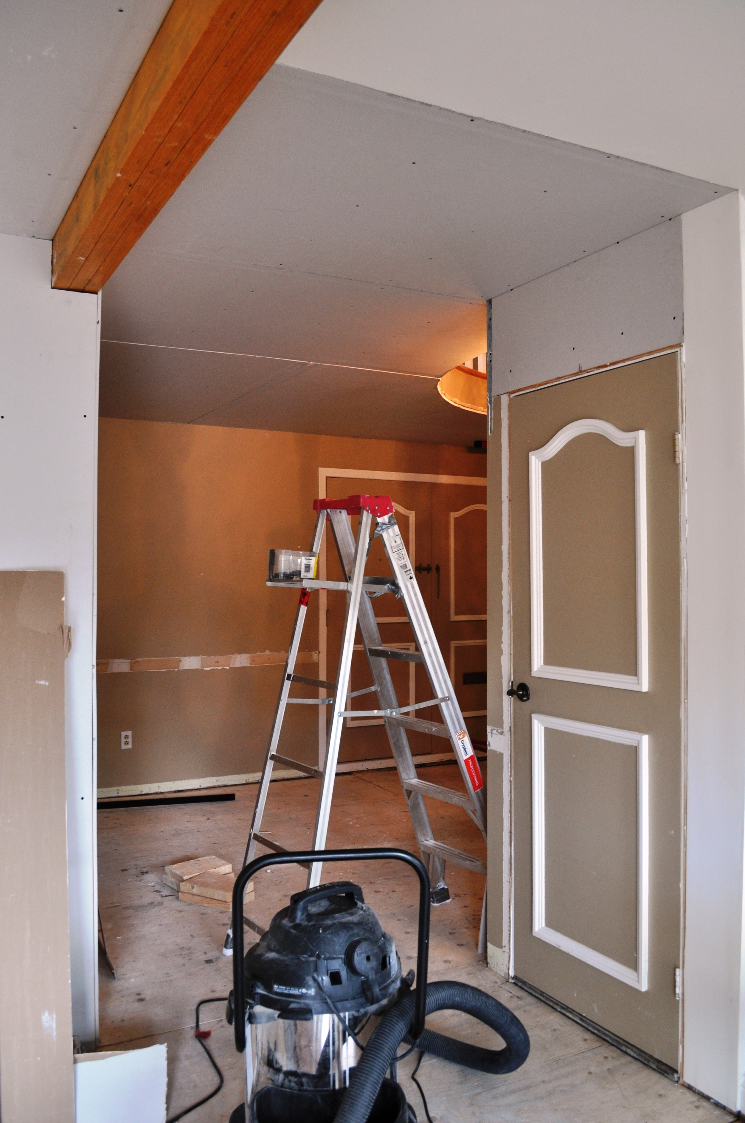 Entrance Drywall 2