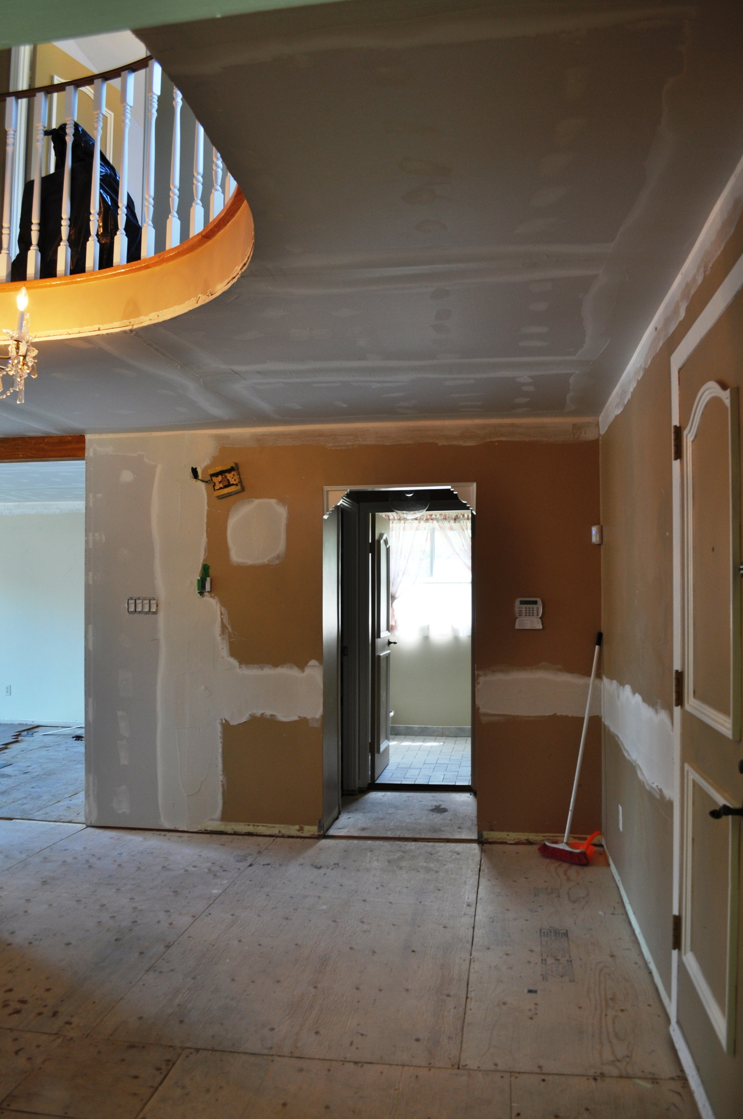 Entrance Plastering