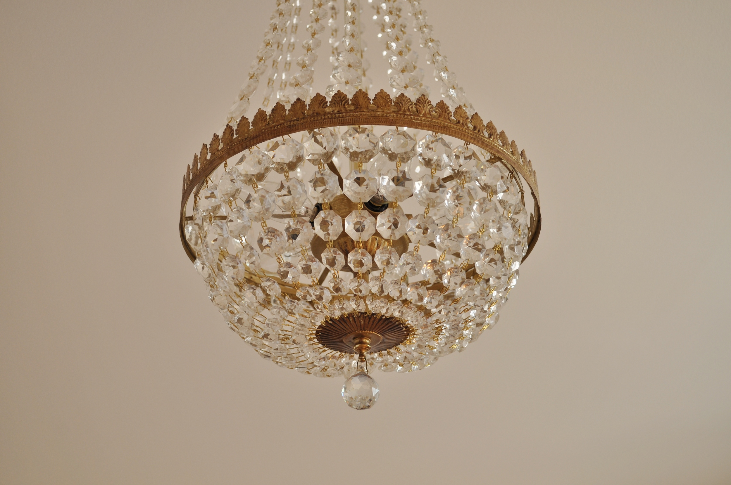 Chandelier After, Closeup