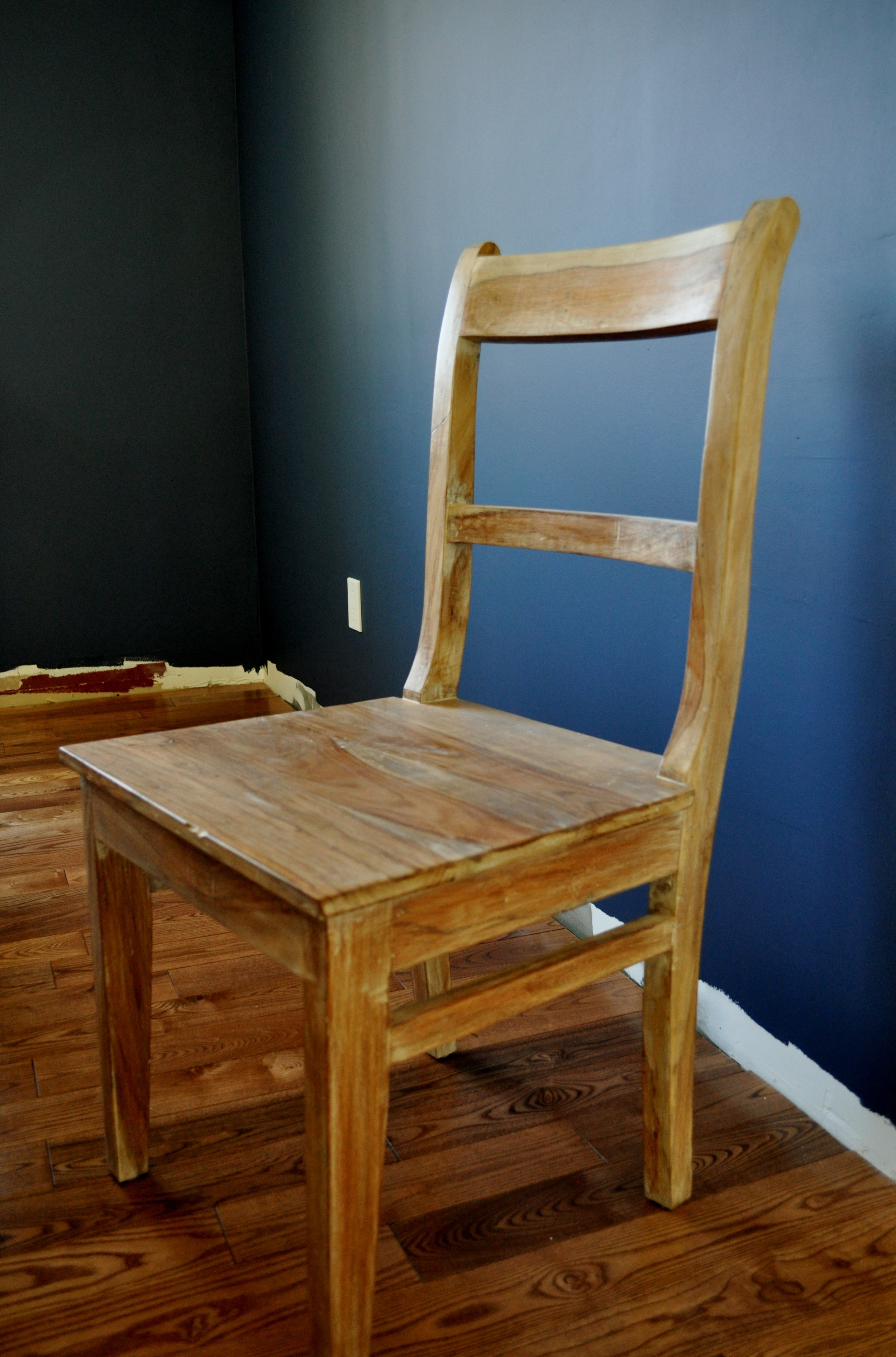 Dining Chair, Side Angle
