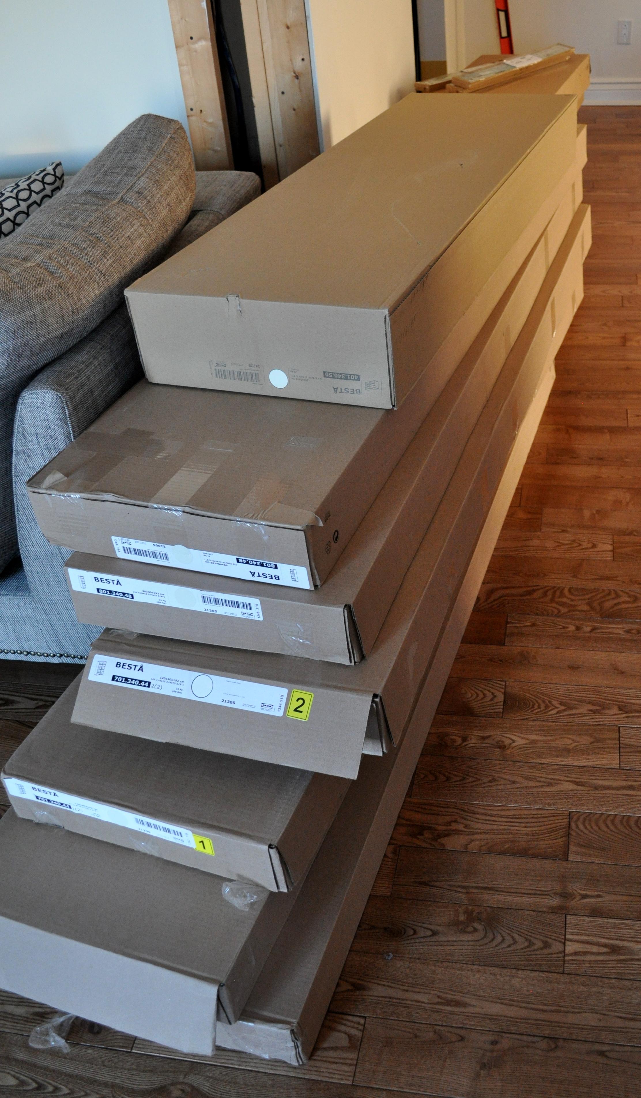 Besta in boxes