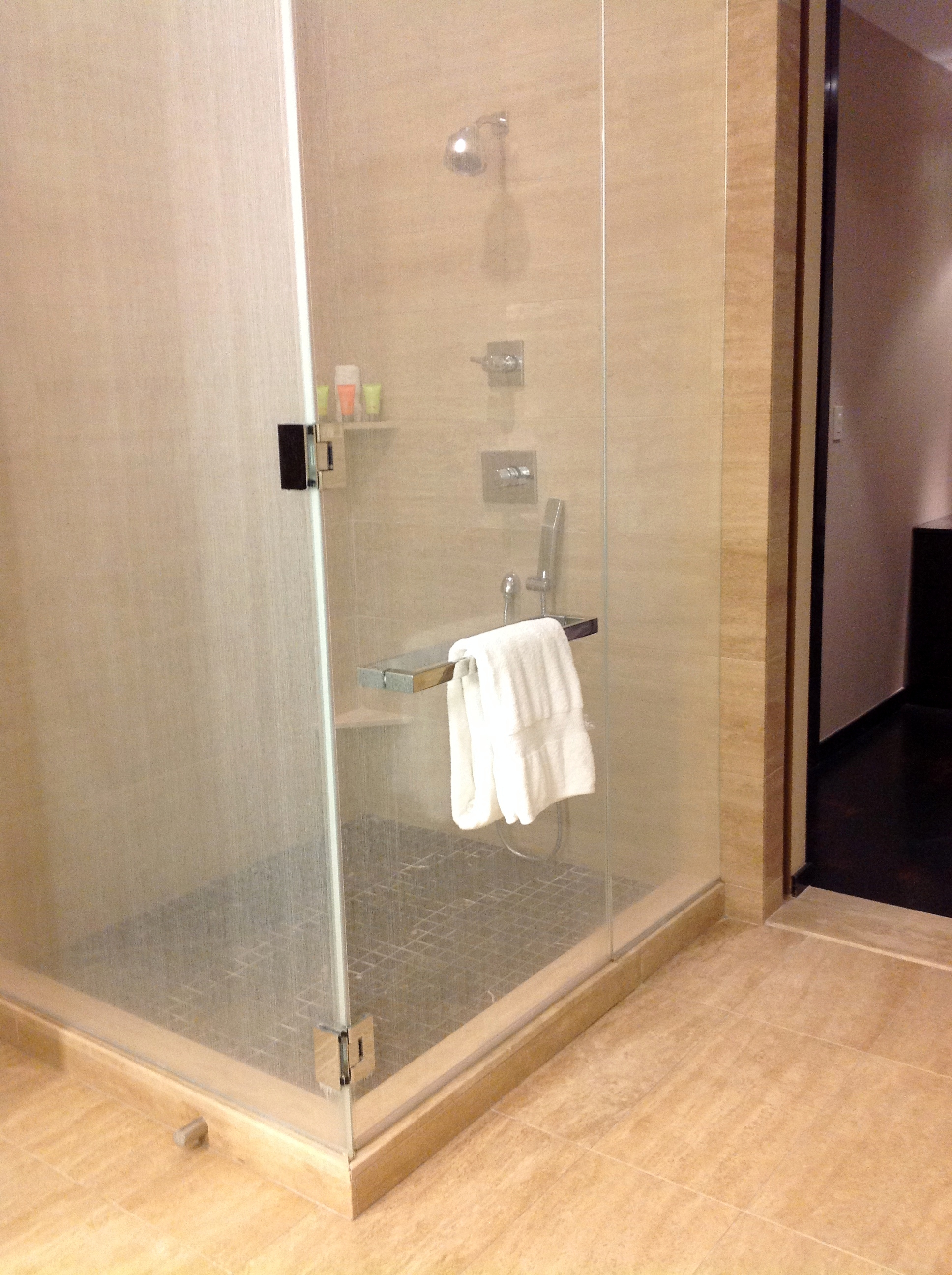 MandarinOriental_Shower