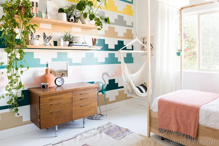 Ivie's Room Makover - Vintage Revivals