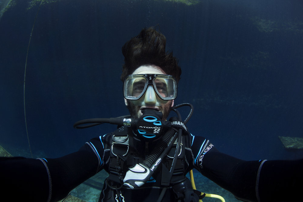 JMB Photography - Mike Bullock, a NAUI Divemaster and Professional Photographer.