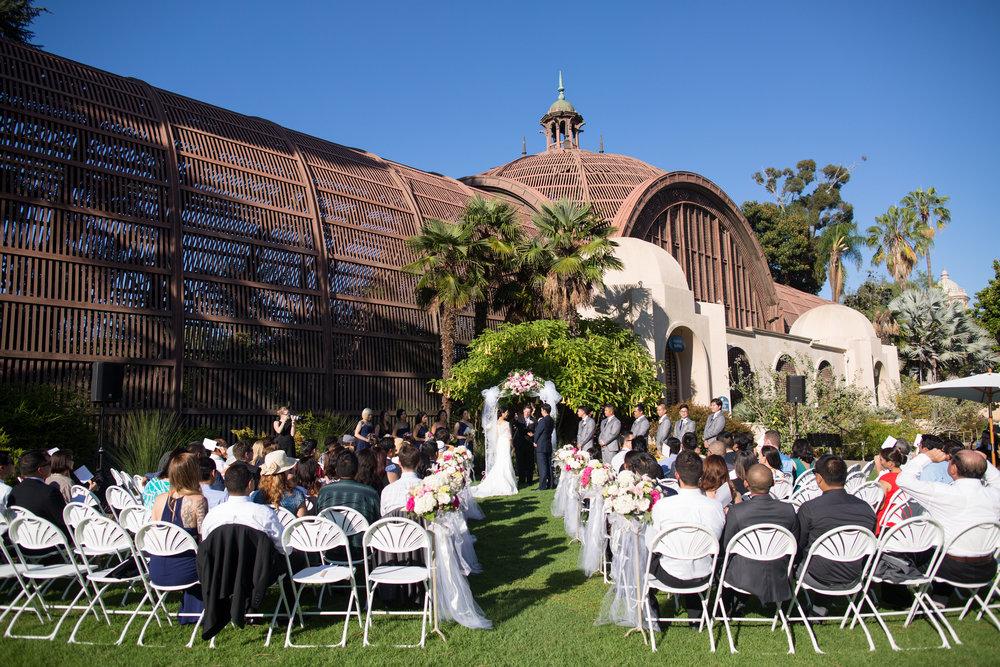 Attirant Balboa Park Botanical Garden Ceremony