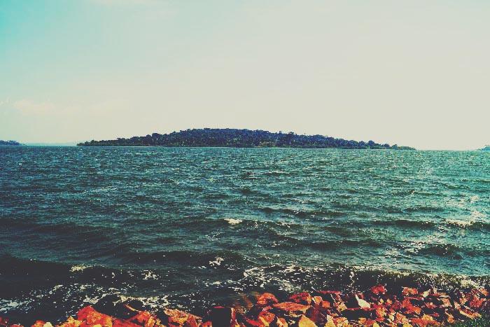 illumelation lake victoria munyonyo uganda.jpg