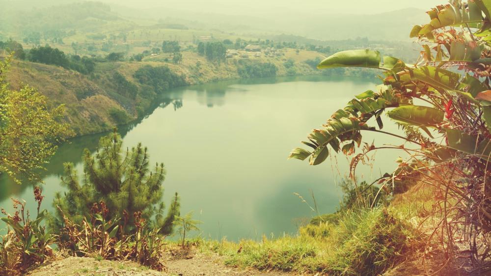 illumelation top of the world uganda crater lakes kibale forest2.jpg