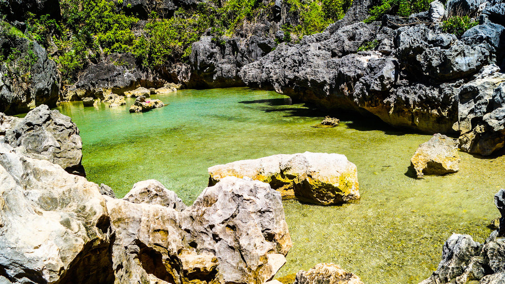 Islas de Gigantes - Tangke Saltwater Lagoon - illumelation