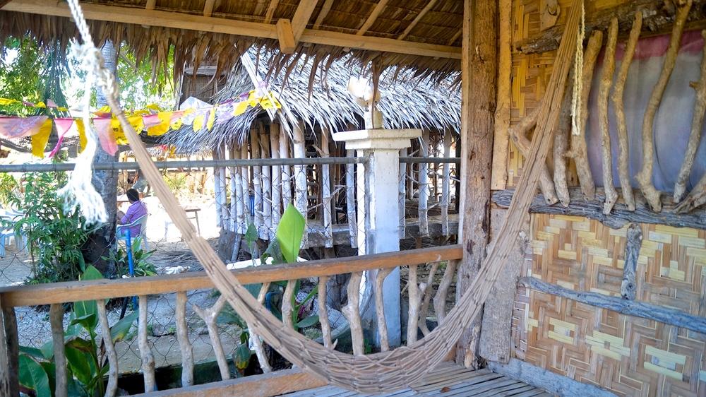 Gigantes Hideaway Resort - Hammock on Hut Veranda