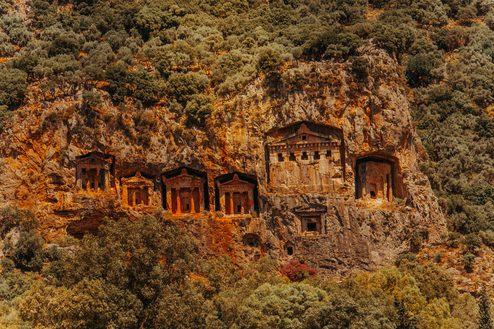 dalyan river boat - lycian rock tombs