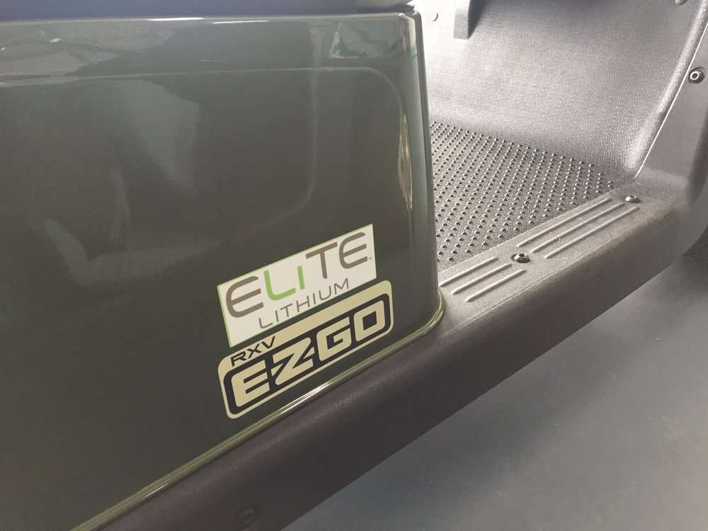 EZGO LITHIUM Elite Car