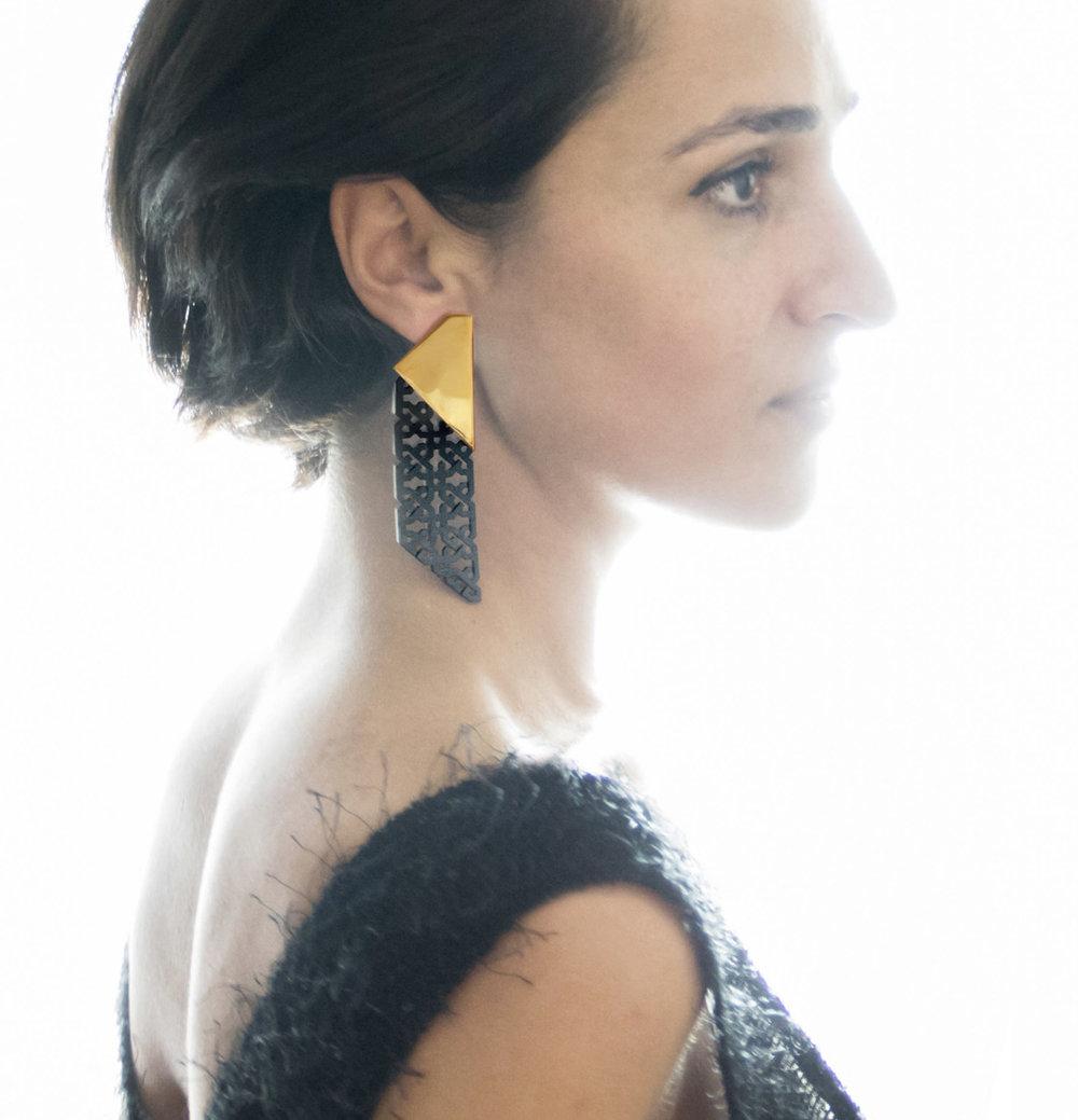 NARINÉE earring1.jpg