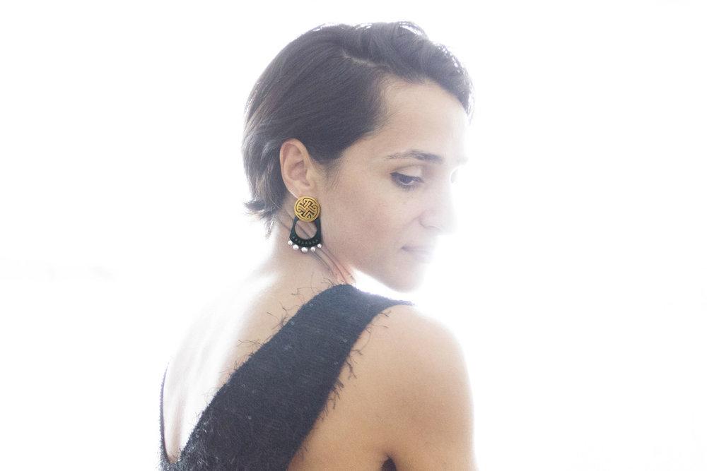 NARINÉE earring4.jpg