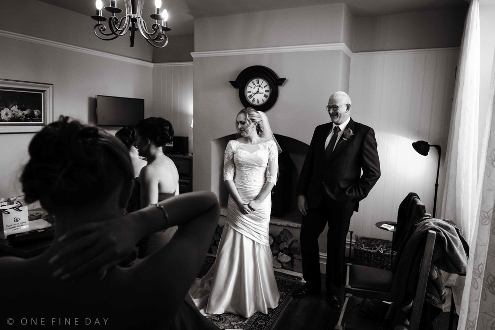 Ireland Natural relaxed wedding Photography (7 of 8).jpg