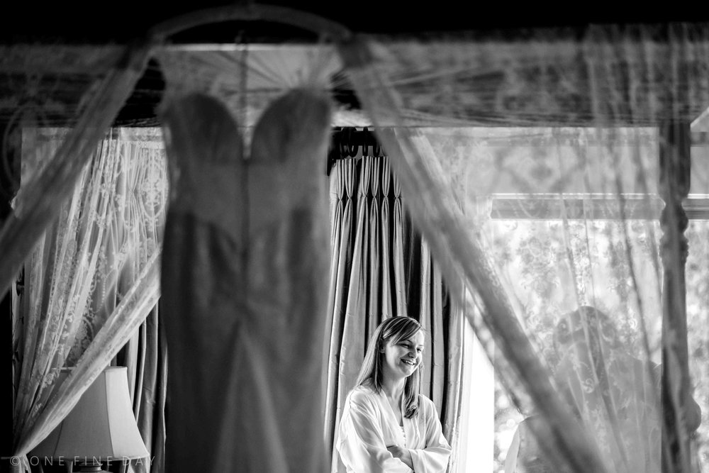 Bride getting ready at Tinakilly House