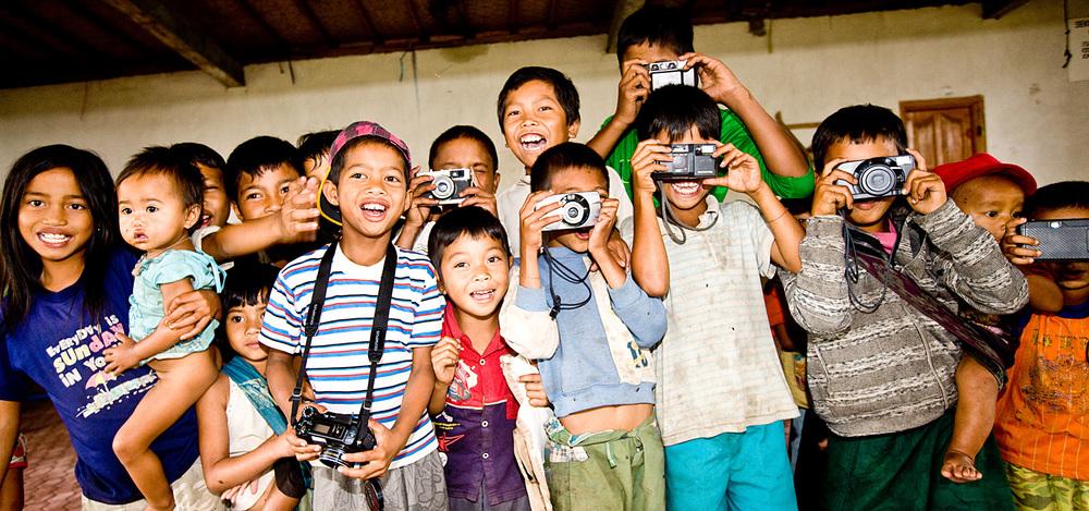 1 Camera 1000 Smile_2.jpg