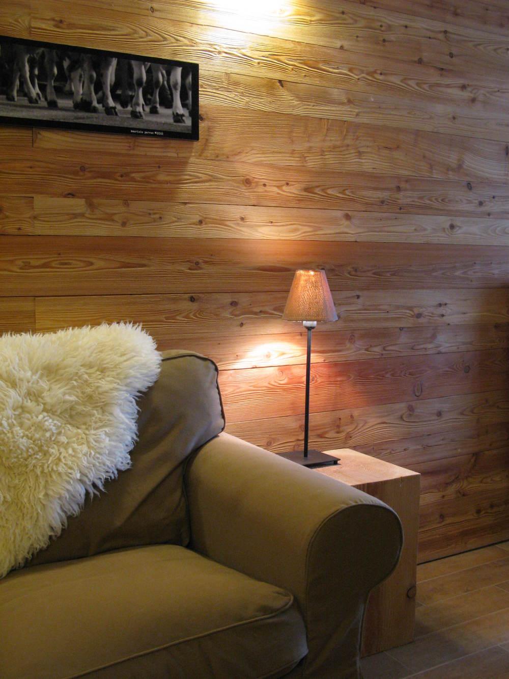 lounge 1 .JPG