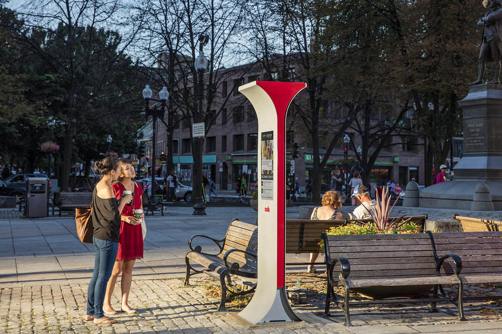 Incroyable The Soofa Sign Is The Latest Product In Soofau0027s Smart Urban Furniture  Ecosystem That Improves The Quality Of Life For People While Generating  Data For City ...