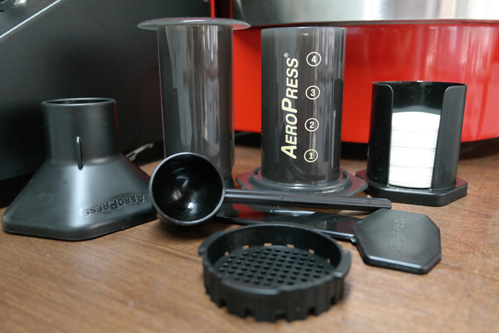 In your Aeropress pack, you'll find all of the above parts, the funnel, plunger, chamber, scoop, stirrer, filter papers, filter papers holder, and filter cap.