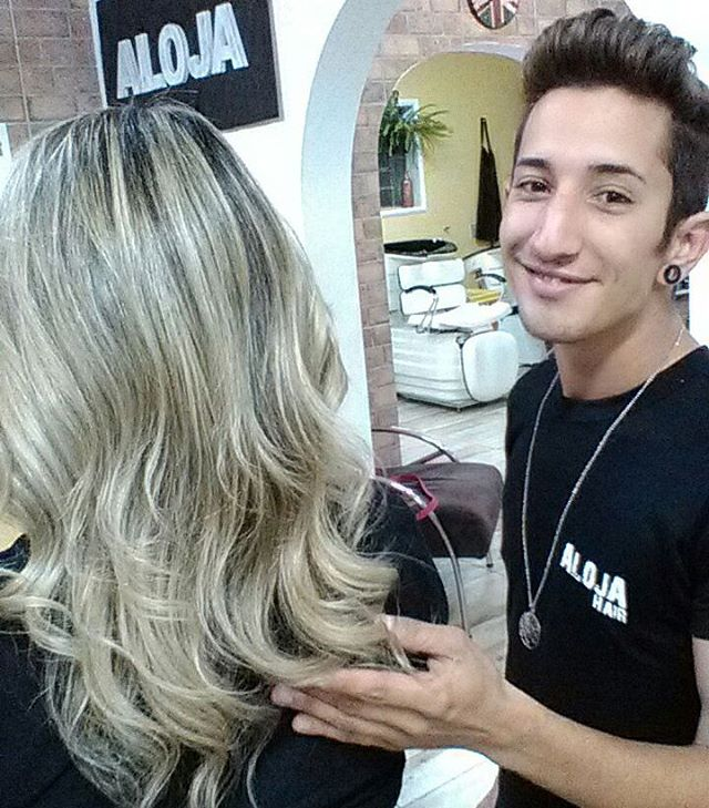 Que tal este JBlonde?? Feito por nosso hair sylist Juarez. #cabelosperfeitos #cabelosloiros  #alojahair #Jblonde