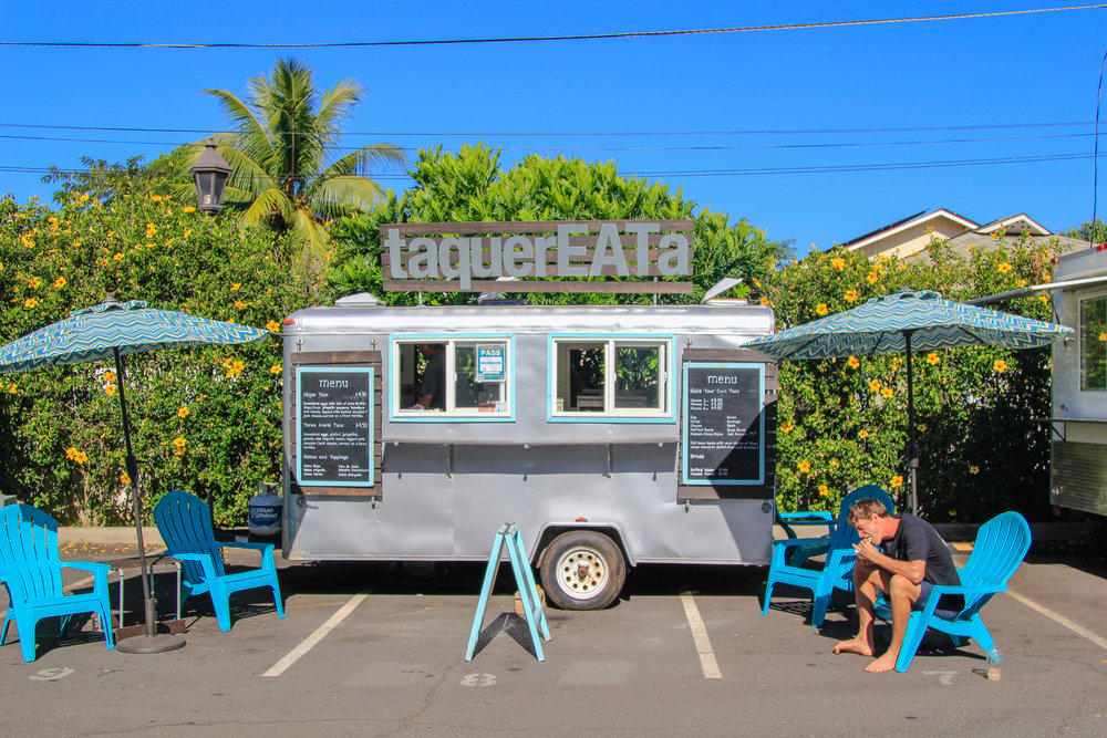 TaquerEATa Maui - awesome foodtruck yard!