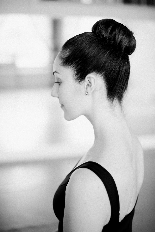 Dance headshot photographer