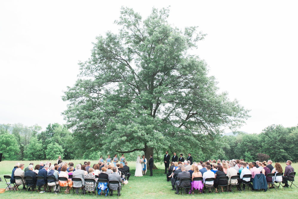 Weddings at the Red Barn