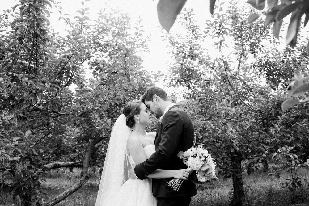 Western Mass wedding photographer