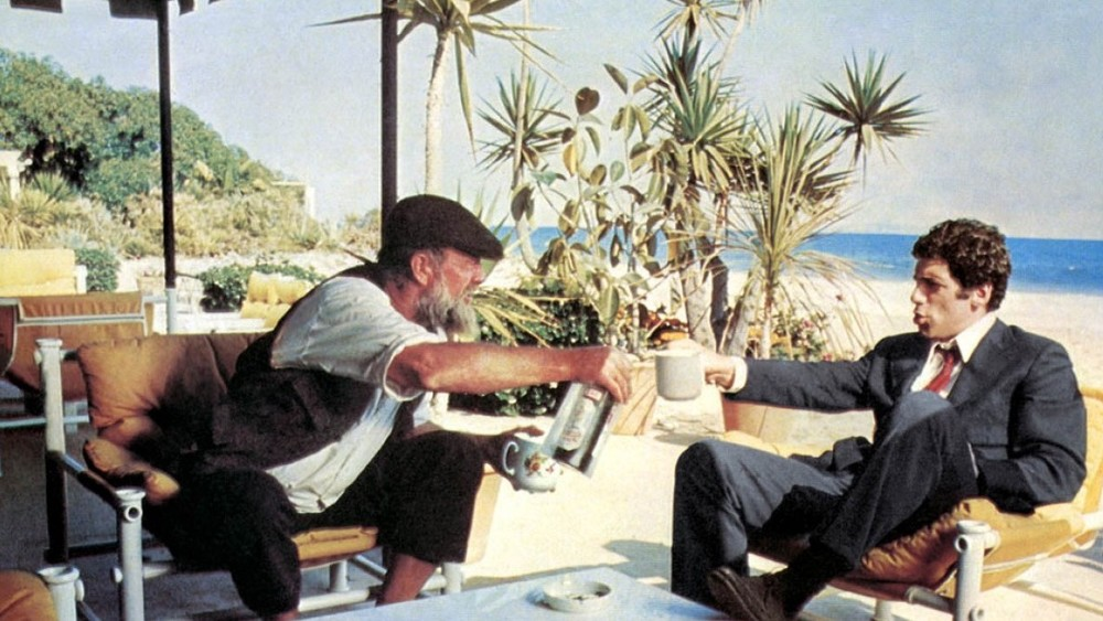 Sterling Hayden as Roger Wade with Elliot Gould as Phillip Marlowe