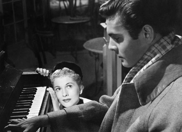 Joan Fontaine and Louis Jourdan in Max Ophüls's Letter from an Unknown Woman (1948)