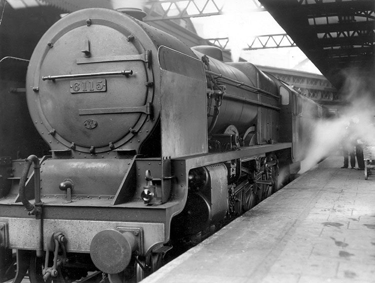 Harry Watt and Basil Wright's poetic paean to British efficiency, Night Mail, featuring a narration, spoken in time to the rhythm of the train written and presented by W. H. Auden