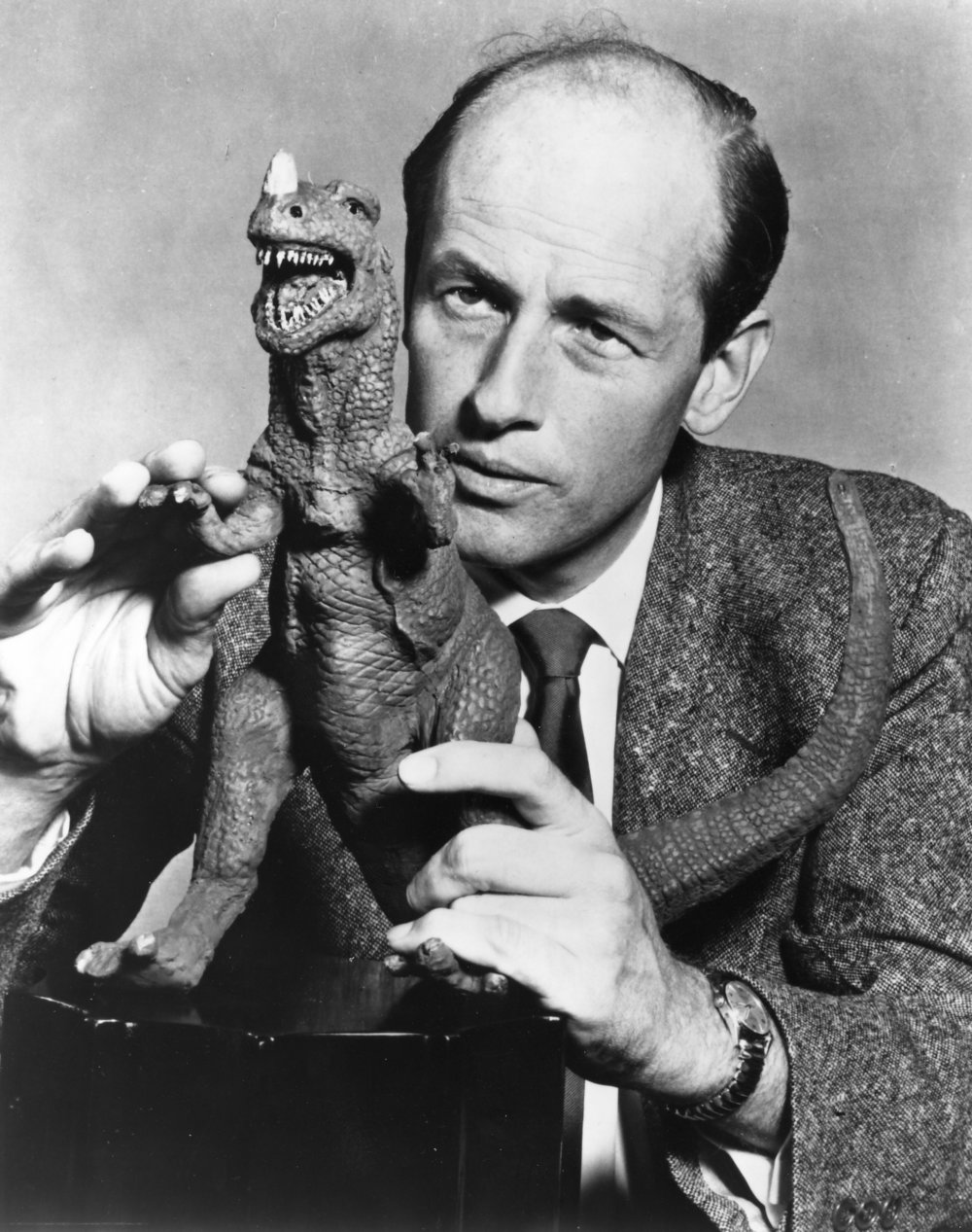 Ray Harryhausen models one of the stars of the show, the Ceratosaurus.