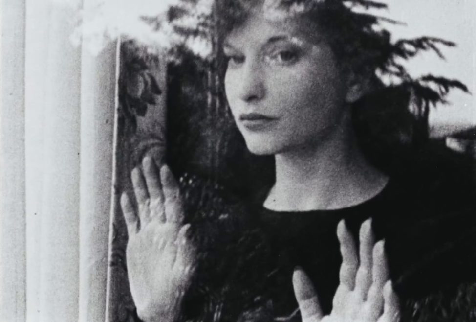 Maya Deren's  Meshes of the Afternoon  (1943).