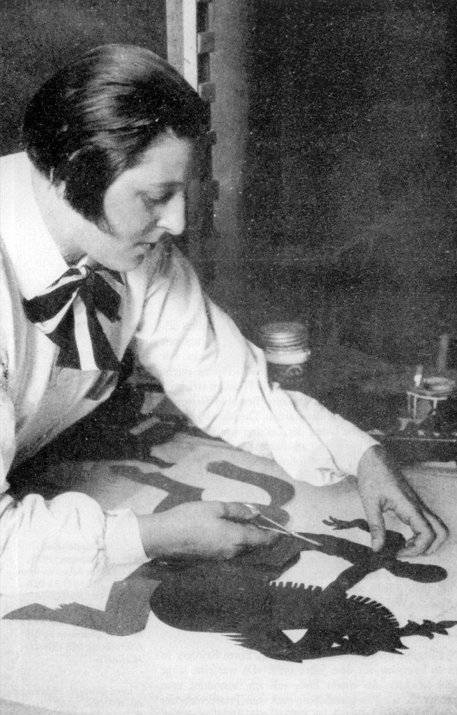 Lotte Reiniger at work.