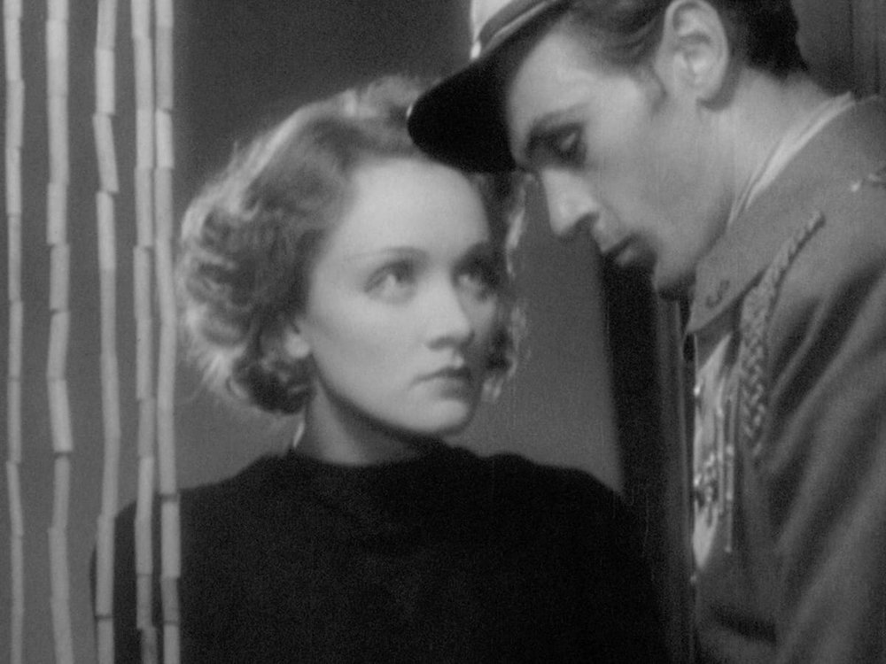 Gary Cooper and Dietrich in  Morocco .