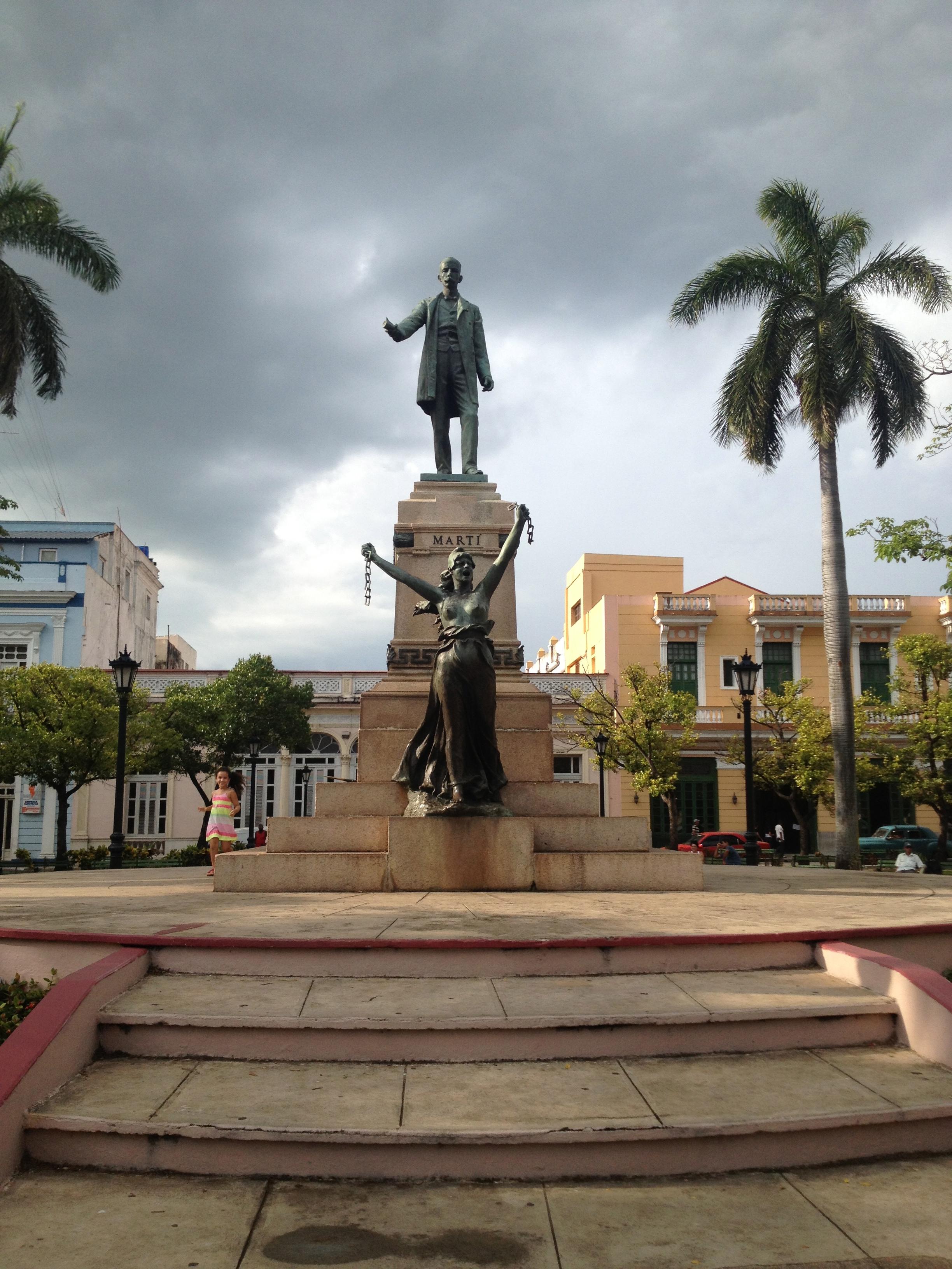 Jose Martí and la plaza de la Libertad, Matanzas.