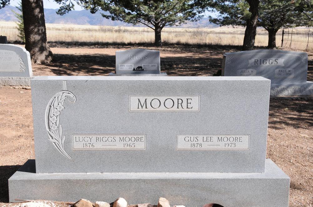 1l LUCY (RIGGS) MOORE & GUS LEE MOORE