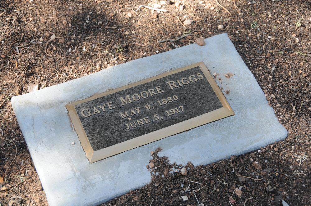 2e GAYE (MOORE) RIGGS