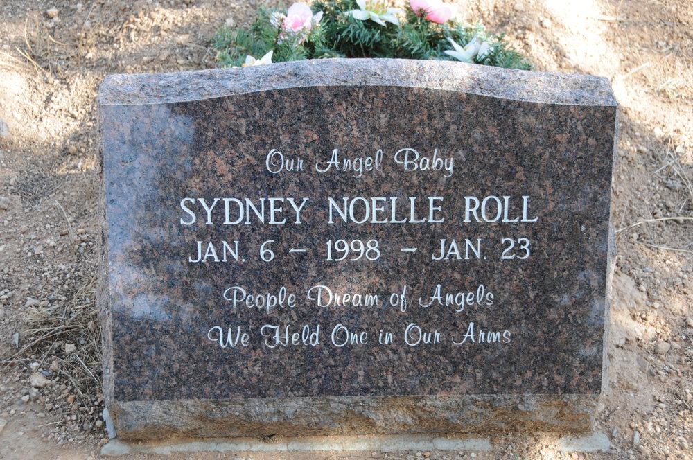 7b SYDNEY NOELLE ROLL
