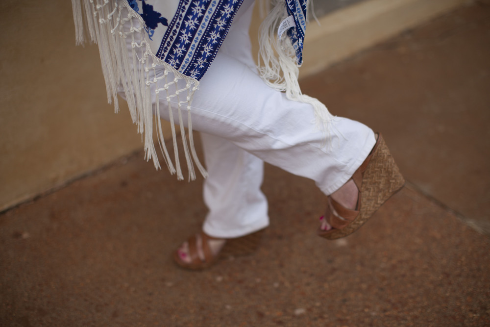 plus size blue kimino plus size white skinny jeans plus size sreet style 004.jpg