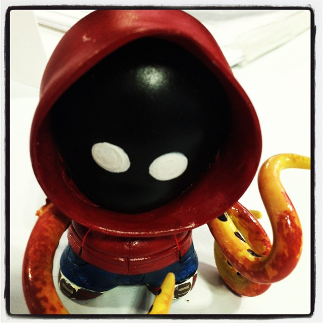 Aw man, I love this!  http://www.powerplaycomic.com/     powerplaycomic :       Chibi @GowanusPete from @PowerPlayComc at #NYCC Thanks @ilikecomicstoo #vinyltoy #munny (at New York Comic Con 2013)       Would you buy a limited edition vinyl toy of Gowanus Pete?