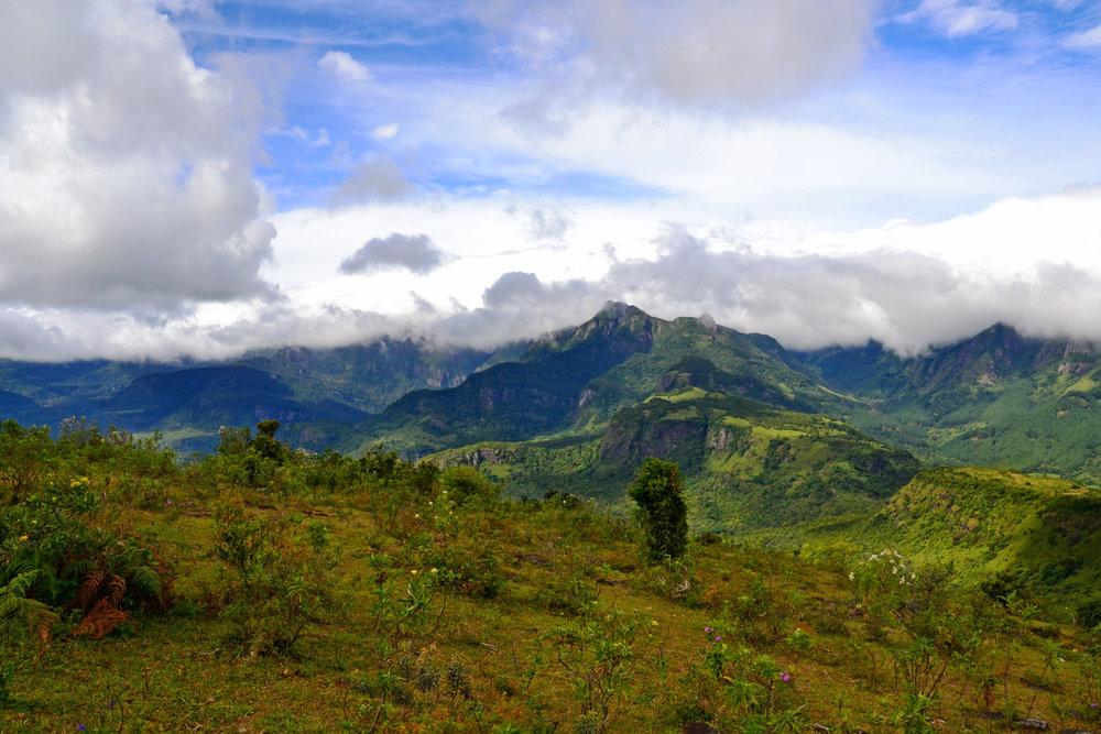 knuckles-mountain-range-view.JPG