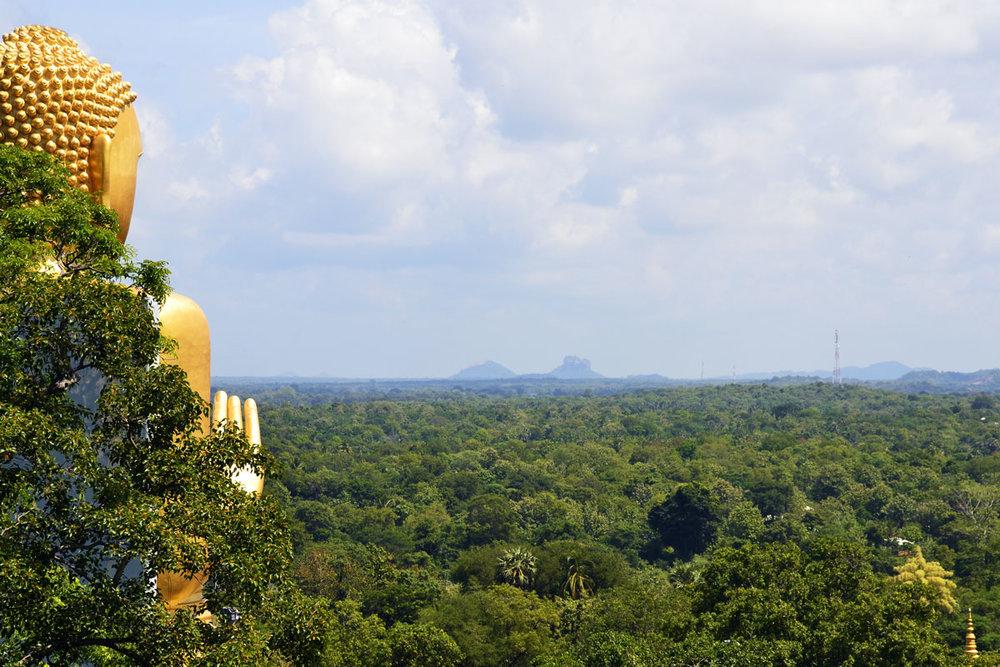 golden-temple-dambulla.jpg